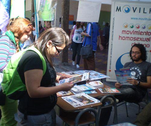 Usach: Minorías sexuales en Feria de la Diversidad
