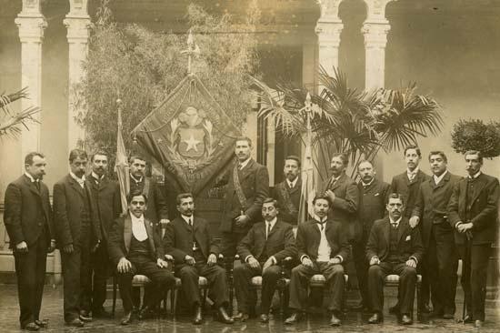 Mutualidad criolla: Desde 1853 estrechando las manos de los trabajadores chilenos