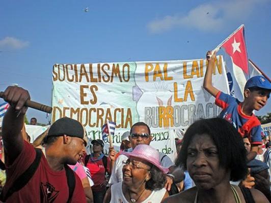 Socialistas libertarios cubanos marcharon este 1° de Mayo por La Habana