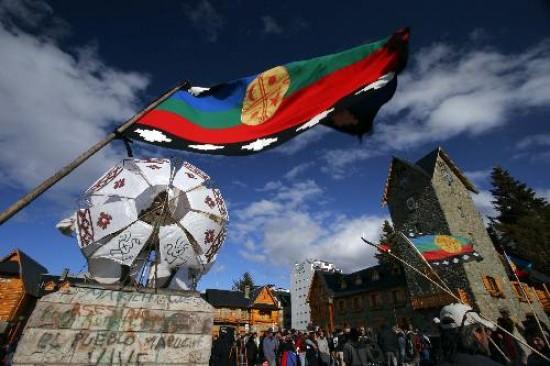 Mapuches comparten sus tradiciones ancestrales con la comunidad en Buenos Aires