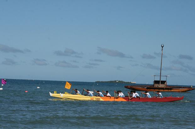 Selección Rapa Nui de Va´a Canotaje Polinésico pasó a semifinales en Mundial de Nueva Caledonia