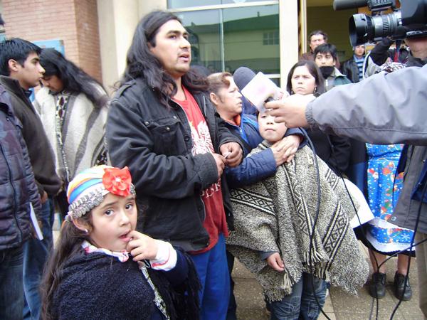 Formalizaron a mapuche que fue violentamente agredido por René Urban y su hijo