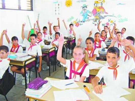 «La ventaja académica de Cuba ¿Por qué los estudiantes cubanos rinden más?»