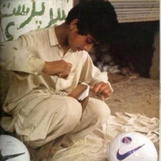Empezó el Mundial de Fútbol: ¿Sabes quién fabrica los balones y cómo?