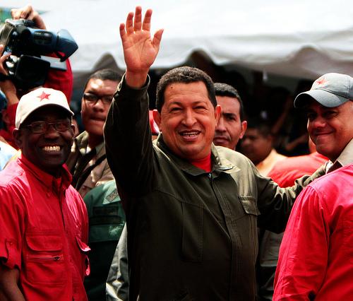 Senadores DC, PS y RN unidos, cuestionan democracia venezolana