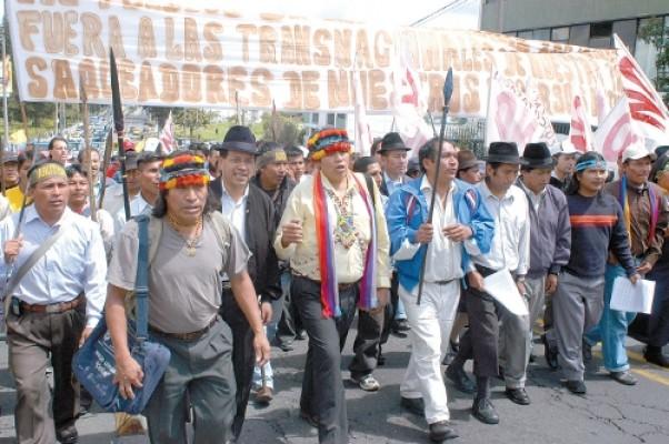 "En escalada represiva Presidente Correa acusa a líderes indígenas ecuatorianos de ""terroristas"""