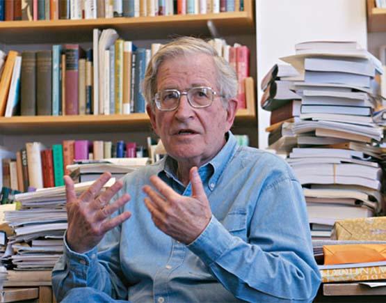 Noam Chomsky, sobre la guerra civil española: «las personas tienden a olvidarlo pero el Occidente favorecía el fascismo»