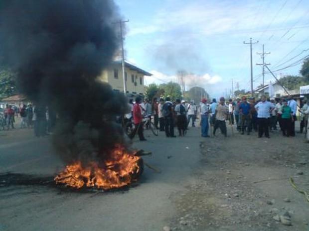 Intervención policial deja un muerto en una protesta laboral en Panamá