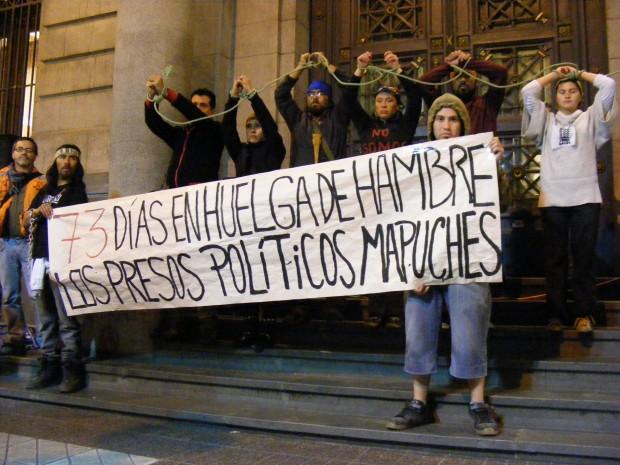Apoyo de diversos sectores recibió el pueblo Mapuche en marcha realizada anoche