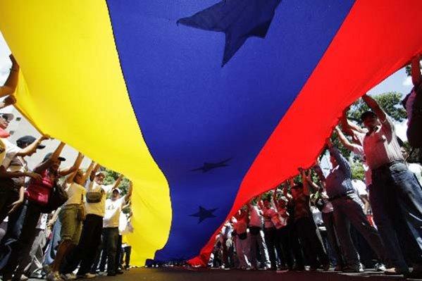 Venezuela: A pesar de obtener la mayoría el oficialismo no logra sus objetivos