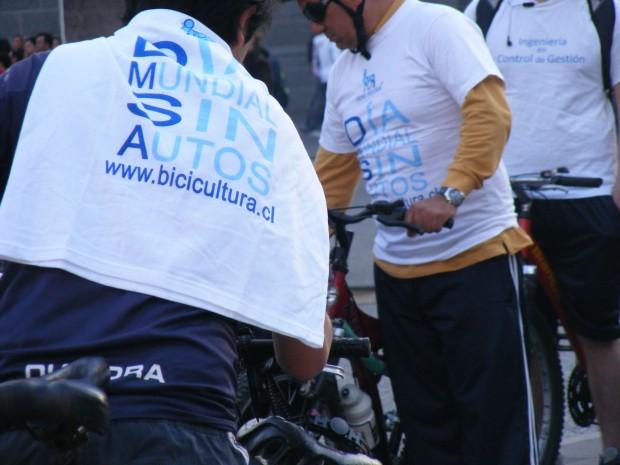 """Cientos de bicicletas se concentraron en la Plaza de Armas en la celebración del """"Día Mundial sin Autos"""""""