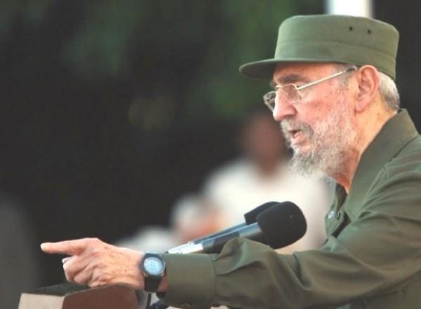 Fidel Castro hace un llamado a la paz mundial