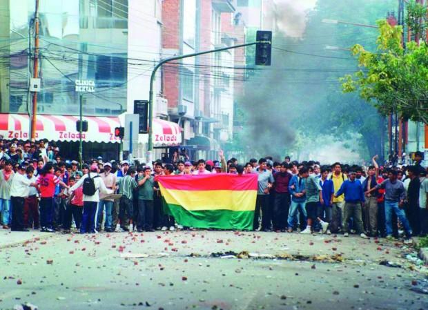 La guerra social por el agua: La respuesta boliviana a la privatización