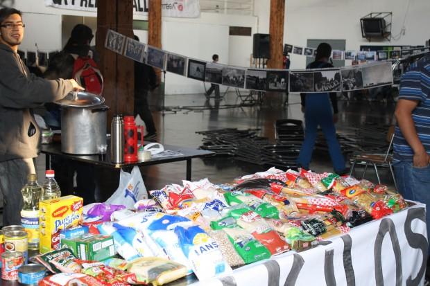 Cien kilos de alimentos en solidaridad al pueblo mapuche
