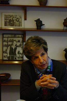 """Isabel Allende: """"El veto del gobierno a la visita de Correa a la Usach es incomprensible en democracia"""""""