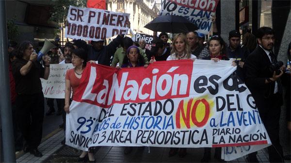 Protesta contra cierre de La Nación expone necesidad de democratizar el medio