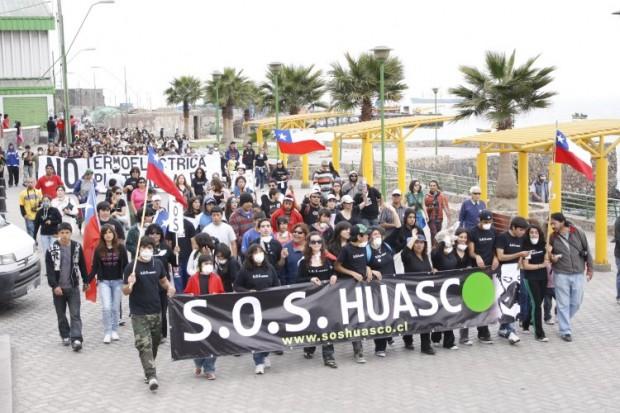 Alta participación en «Marcha por la vida» en Huasco