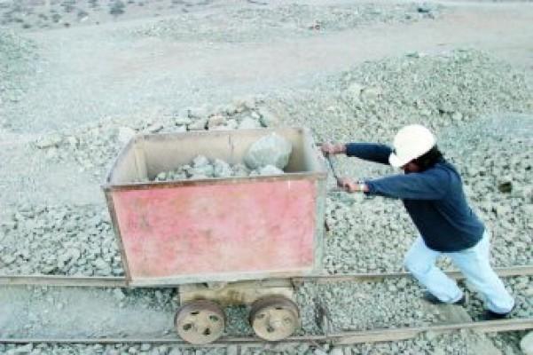 Chile, por más de 20 décadas  paraíso del saqueo minero