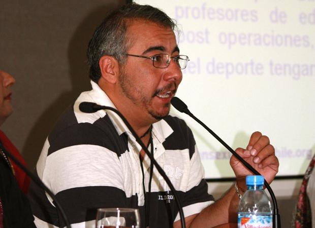 """Andrés Rivera, de la OTD: """"Las personas se confunden cuando les digo que con esta cara tengo vagina"""""""