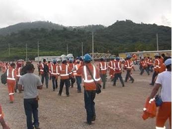 Barrick Gold: Muere trabajador en manifestación por demandas laborales en República Dominicana