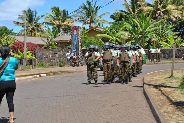"""Carabineros desalojó otra casa en Rapa Nui: """"en la Isla nunca se había visto eso"""""""