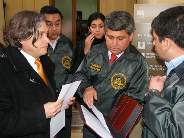 """Senador Navarro: """"Chile condena a sus presos y gendarmes a pena de muerte encubierta"""""""
