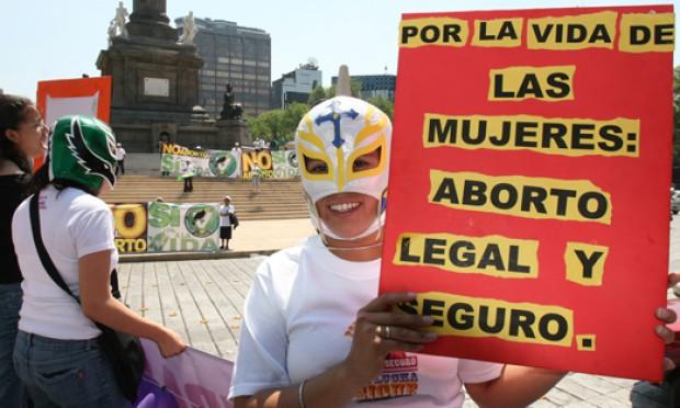 Piñera se incorpora a discusión por despenalización de aborto terapéutico