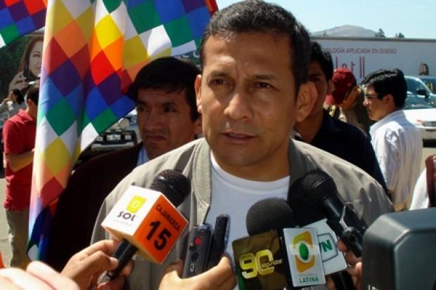 La izquierda peruana se une en torno al nacionalista Ollanta Humala