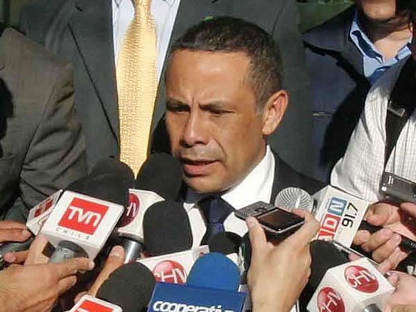Marco Enríquez  presenta carta de apoyo a subsecretario Aleuy por abogados «del narco»
