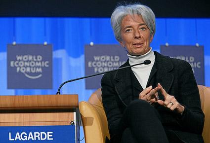 FMI pone en duda al dólar como moneda de reserva mundial