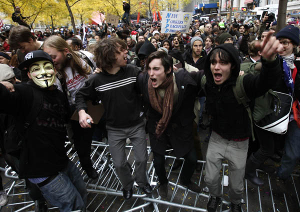 Ocupantes de Wall Street conmemoraron dos meses del movimiento