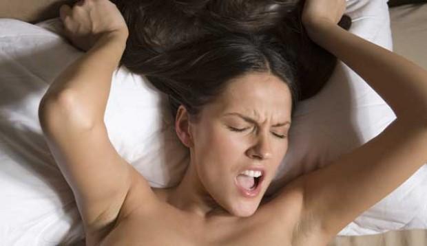 Se rompe el mito de que las mujeres se enamoran a causa del orgasmo
