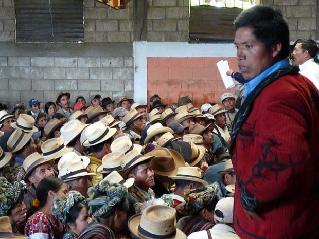 """Guatemala: """"Esta tierra es nuestra"""". Una historia de robo legal de tierras"""