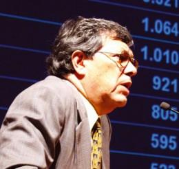 """Julián Alcayaga, presidente del Comité de Defensa del Cobre, denunció las """"colosales y desconocidas pérdidas de Codelco""""."""