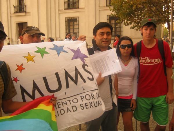 Organización de diversidad sexual entregó carta a Piñera pidiendo cambios a propuesta de ley antidiscriminación