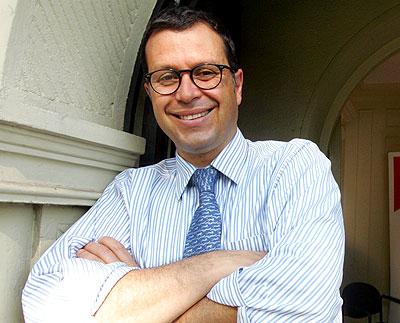 Parlamentarios insisten en acusación constitucional contra Hinzpeter
