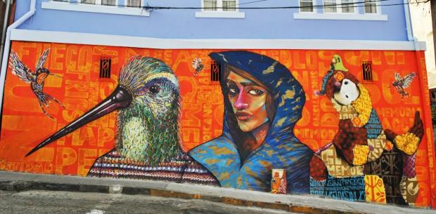 """Charquipunk, muralista: """"Veo el graffiti vinculado al carnaval latinoamericano y la fiesta indígena"""""""