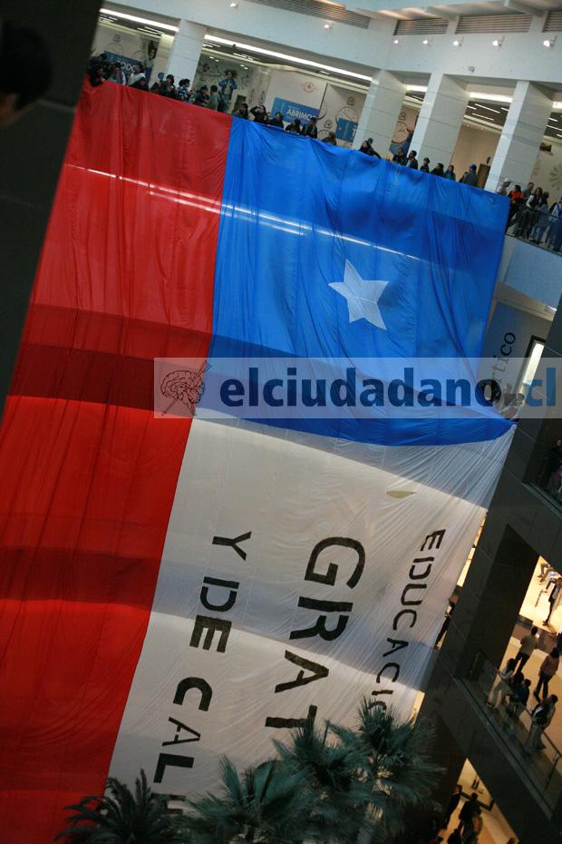 [VIDEO] El banderazo previo a un nuevo paro estudiantil