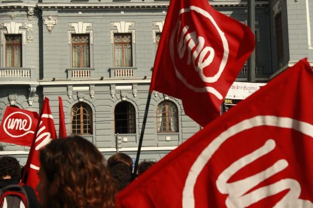 Unión Nacional Estudiantil (UNE): La nueva propuesta política de izquierda al interior de las universidades