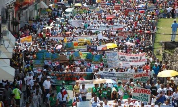 República Dominicana: Marcha masiva contra la megaminería y Barrick Gold