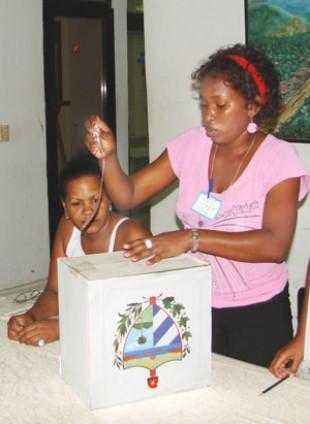 """Llamado a votar """"D"""" en elecciones cubanas"""
