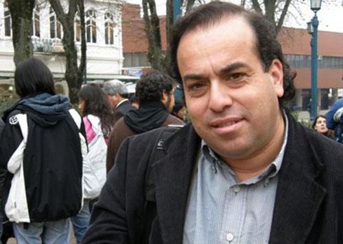 """Vladimir Riesco, candidato a concejal en Valdivia: """"La derecha y la Concertación se han coludido con los intereses de los especuladores inmobiliarios"""""""