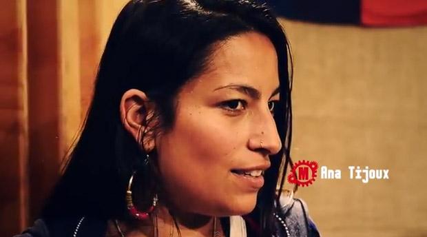 Ana Tijoux viste al rap de etiqueta