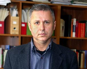 Claude aclara situación judicial ante acusaciones por no pago de pensión alimenticia