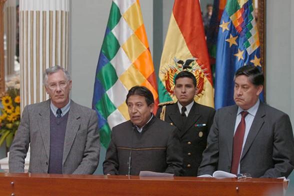 Delegaciones chilena y boliviana viajan a La Haya para fijar cronograma del juicio este miércoles