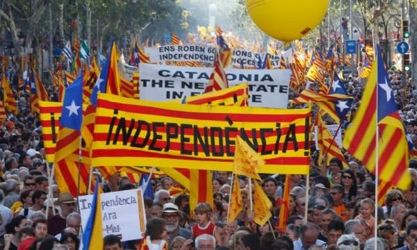 80% de catalanes votantes quieren la independencia