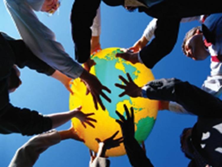 Chilenos crean sitio para generar directorio mundial de cooperativas