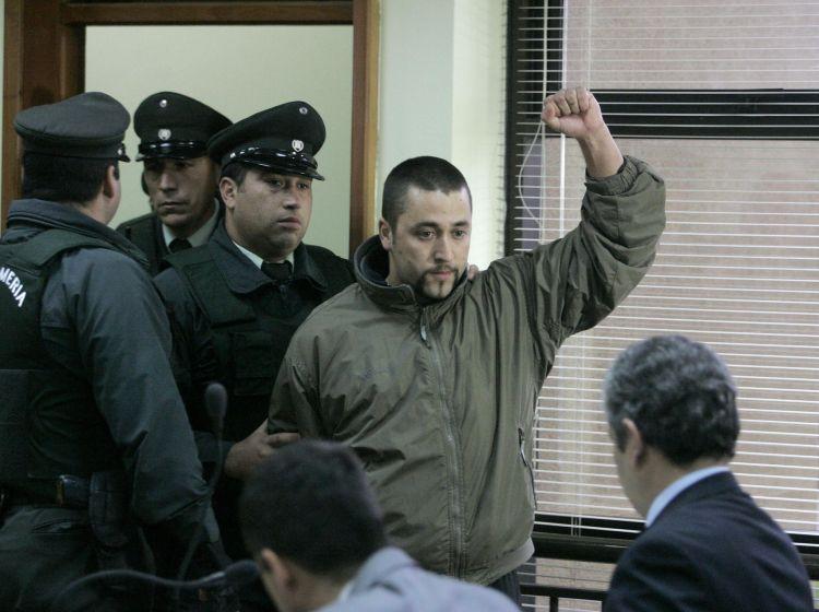 No es hijo de Larraín, ni de Bachelet: Suprema ratifica cárcel para activista mapuche Emilio Berkhoff
