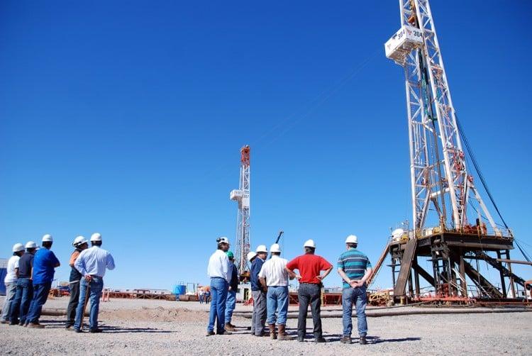 Fracking en Chile, entre la producción y la importación de gas no convencional