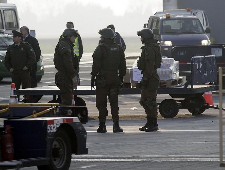 Son robados $6 mil millones a un camión de valores en el aeropuerto